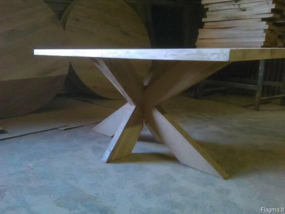 Столы обеденные дубовые