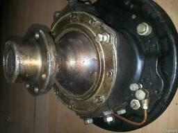 Кулак поворотный левый УАЗ-469 в сборе 69-2304007-Б